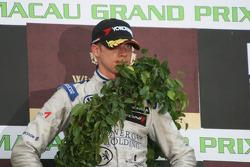 Podium: second place Edoardo Mortara is really not happy