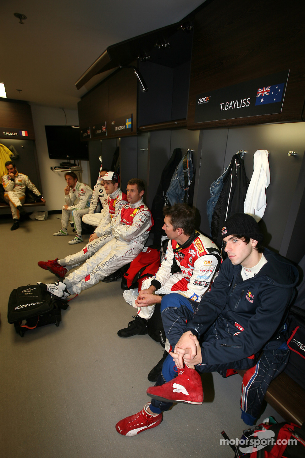 Jaime Alguersuari, Troy Bayliss, Tom Kristensen and Mattias Ekstrm in the drivers' briefing