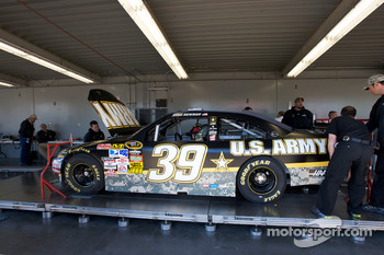 Stewart-Haas Racing Chevrolet of Ryan Newman at tech inspection