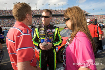 Jeremy Mayfield, Mayfield Motorsports Toyota, with his wife