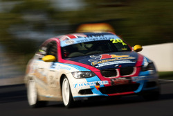 #20 Eastern Creek Karts, BMW 335i: Gary Holt, Paul Morris, Rick Shaw