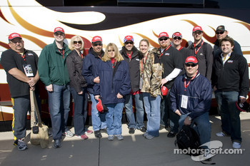Office Depot guest meet with Tony Stewart in the driver motorcoach lot