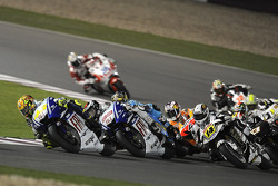 Valentino Rossi, Fiat Yamaha Team leads a group of bikes