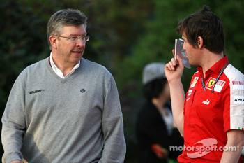 Ross Brawn Brawn GP Team Principal, Rob Smedly, Scuderia Ferrari, Track Engineer of Felipe Massa
