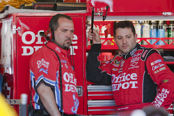 Tony Stewart, Stewart-Haas Racing Chevrolet with crew chief Darion Grubb