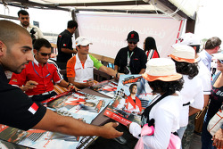 Gianni Morbidelli and Vitantonio Liuzzi UP Team sign autographs for the fans