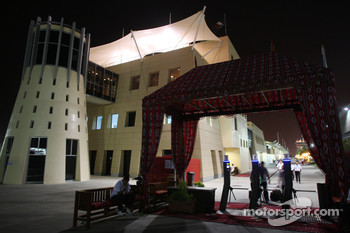 Paddock entrance at night, atmosphere