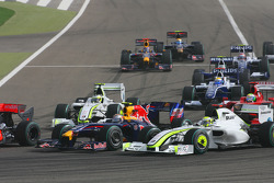 Start: Sebastian Vettel, Red Bull Racing and Jenson Button, Brawn GP