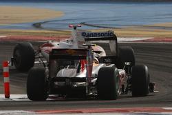 Jarno Trulli, Toyota Racing and Sebastian Vettel, Red Bull Racing