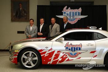 2009 Indianapolis 500 2010 Chevrolet Camaro pace car presentation: Indianapolis 500 winners Al Unser Jr., Johnny Rutherford, Eddie Cheever and IMS President and COO Joie Chitwood pose with the Chevrolet Camaro pace car