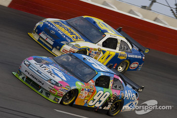 Carl Edwards, Roush Fenway Racing Ford, Marcos Ambrose, JTG Daugherty Racing Toyota