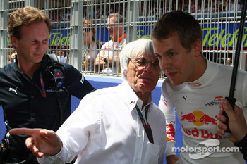 Bernie Ecclestone with Christian Horner, Red Bull Racing, Sporting Director and Sebastian Vettel, Red Bull Racing