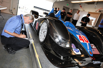 Technical inspection for the #48 Corsa Motorsports Ginetta-Zytek 09HS Zytek