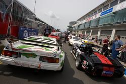 #201 BMW M1: Mark Bullitt, Klaus Graf, #345 CN-Cobra: Christian Nowak