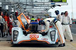 #009 Aston Martin Racing Lola Aston Martin: Peter Kox, Stuart Hall, Harold Primat