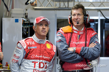 Rinaldo Capello and Ralf Juttner, Audi Sport technical director