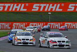 Alex Zanardi, BMW Team Italy-Spain, BMW 320si and Sergio Hernandez, BMW Team Italy-Spain, BMW 320si