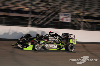 Ernesto Viso, HVM Racing passes Marco Andretti, Andretti Green Racing