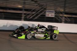 Ernesto Viso, HVM Racing passes Marco Andretti, Andretti Green Racing