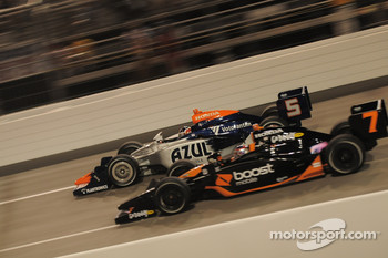 Danica Patrick, Andretti Green Racing passes Mario Moraes, KV Racing Technology