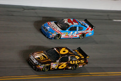 David Ragan, Roush Fenway Racing Ford, A.J. Allmendinger, Richard Petty Motorsports Dodge