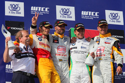 Podium, Friedhelm Nohl, BMW Motorsport, Stefano D'Aste, Wiechers-Sport, Yvan Muller, Seat Sport, Augusto Farfus, BMW Team Germany and Rickard Rydell, Seat Sport