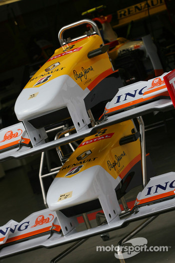 Renault F1 Team front wing detail
