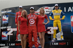Podium: race winner Dario Franchitti, Target Chip Ganassi Racing, second place Ryan Briscoe, Team Penske, third place Will Power, Team Penske