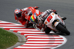 Alex De Angelis, San Carlo Honda Gresini  and Niccolo Canepa, Pramac Racing