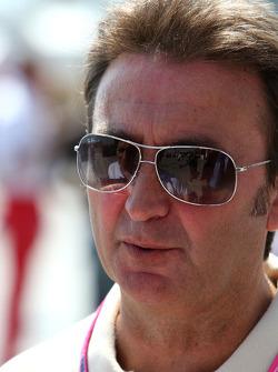 F1: Adrian Campos