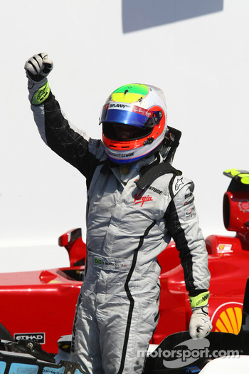 Race winner Rubens Barrichello, BrawnGP celebrates