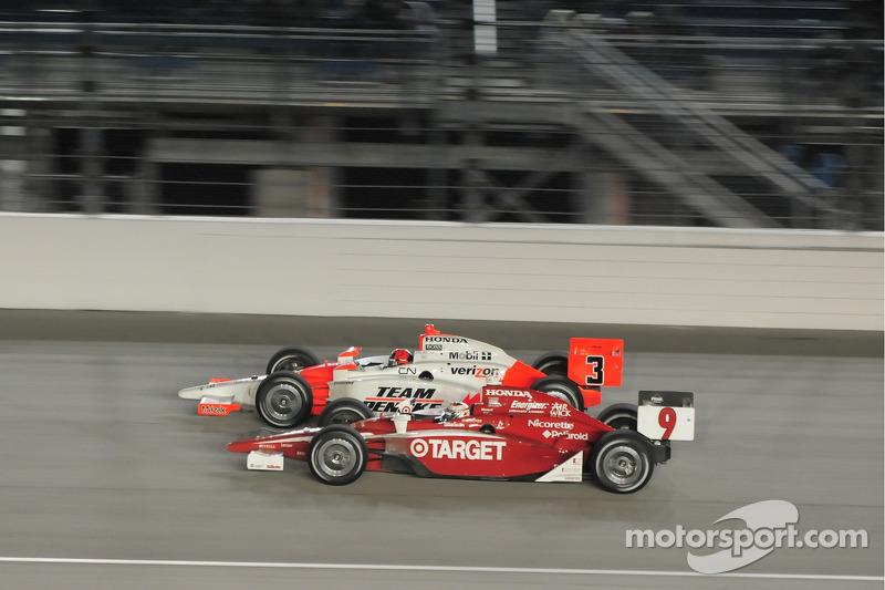 Helio Castroneves, Team Penske and Scott Dixon, Target Chip Ganassi Racing