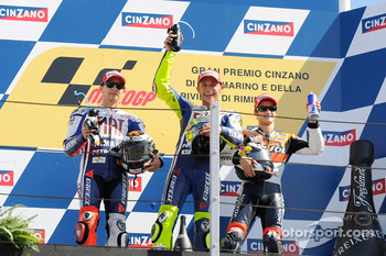 Podium: race winner Valentino Rossi, Fiat Yamaha Team, second place Jorge Lorenzo, Fiat Yamaha Team, third place Dani Pedrosa, Repsol Honda Team