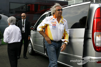 Bernie Ecclestone and Flavio Briatore, Renault F1 Team, Team Chief, Managing Director