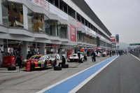 Super GT Photos - Atmosphere in the pitlane