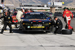 Pit stop for #21 Battery Tender/MCM Racing Pontiac GTO.R: Jim Briody, Hal Prewitt