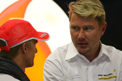 Heikki Kovalainen, McLaren Mercedes and Mika Hakkinen