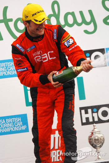 Colin Turkington sprays champagne