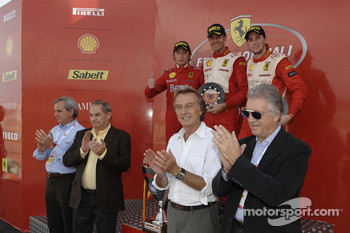 Ferrari Challenge: Mondiale Pirelli podium with Luca di Montezemolo and Piero Ferrari and the winners