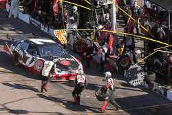 Pit stop for Robby Gordon, Robby Gordon Motorsports Dodge
