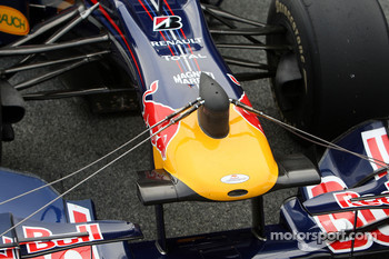 Daniel Ricciardo, Tests for Red Bull Racing running a device on the nose of the car