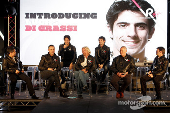 Lucas di Grassi, drivers is presented