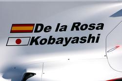 The new BMW Sauber C29, Pedro de la Rosa, BMW Sauber F1 Team and Kamui Kobayashi, BMW Sauber F1 Team