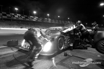 Pit stop for #6 Michael Shank Racing Ford Riley: A.J. Allmendinger, Brian Frisselle, Mark Patterson, Michael Valiante