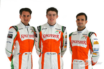 Adrian Sutil Force India F1 with Paul Di Resta Force India F1 Third Driver and Vitantonio Liuzzi Force India F1
