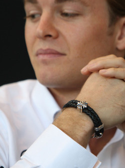 The bracelet of Nico Rosberg, Mercedes GP