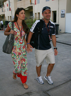 Silvana Barrichello, Wife of Rubens Barrichello with Rubens Barrichello, Williams F1 Team