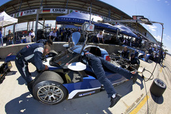 Team Peugeot Total team members at work