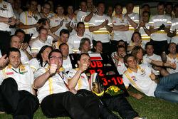 Eric Boullier, Team Principal, Renault F1 Team, Robert Kubica, Renault F1 Team