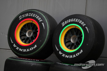 The bridgestone tyres from the Lotus F1 Team